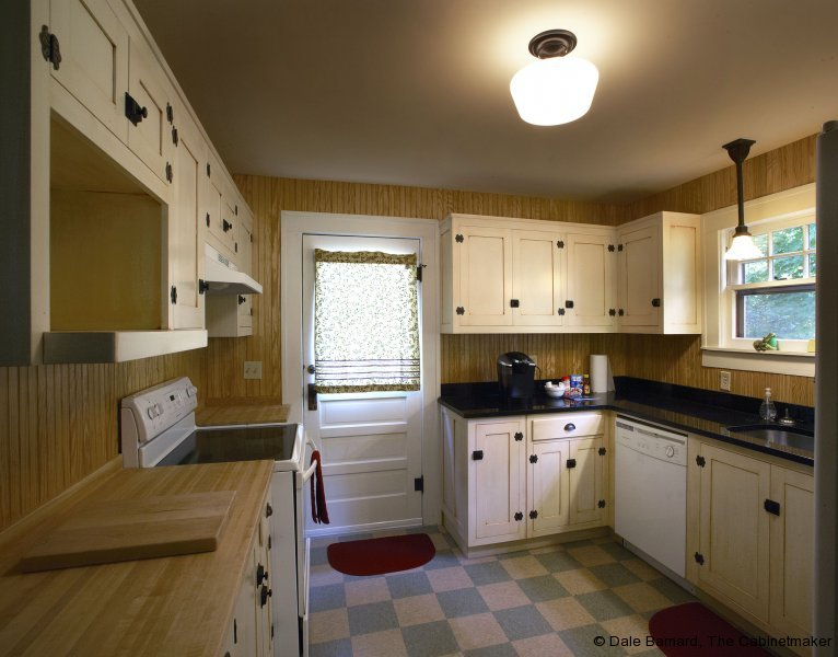 dale-barnard-16-1924-restored-kitchen